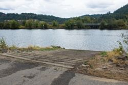 Anderson Lake Boat Launch