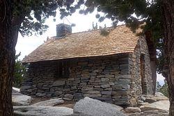 San Jacinto Peak Shelter