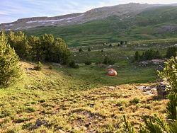 Beartooth Highlakes Trail